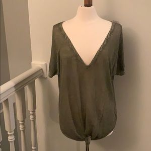 Cloth & Stone Tie Front Large Green Sweater